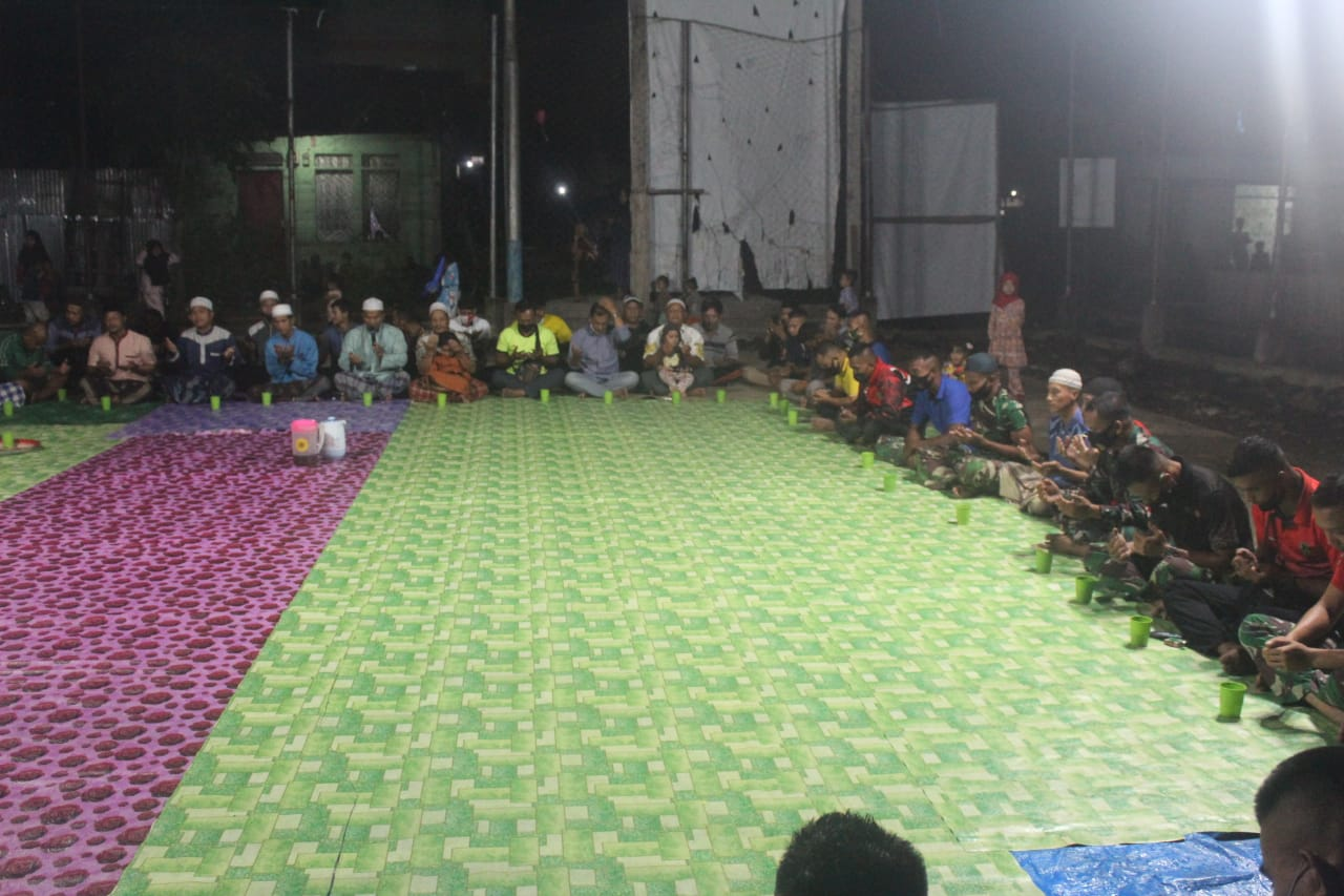 Doa Bersama Mengiringi Malam Perpisahan Satgas TMMD Inhil Bersama Warga