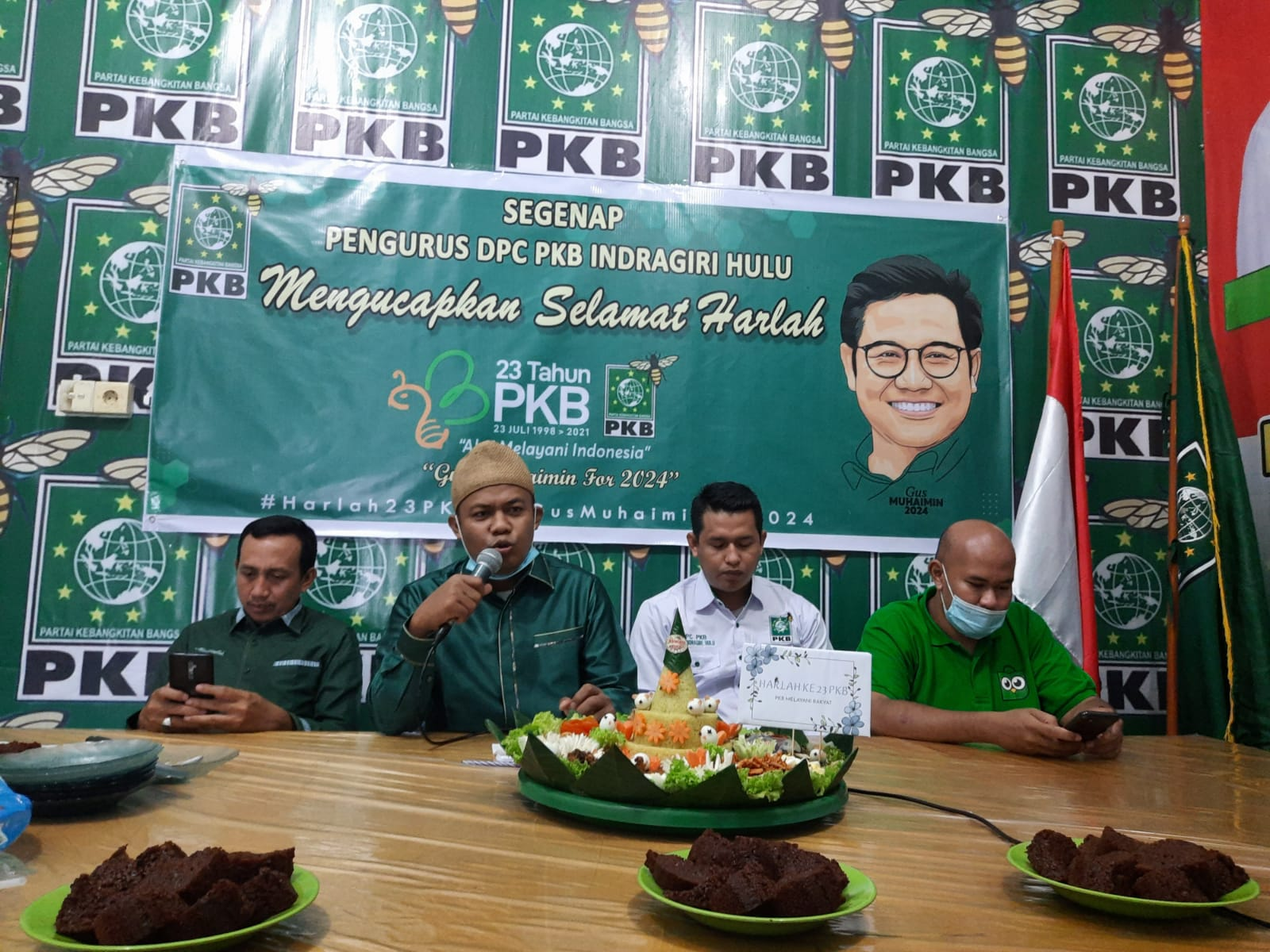 Harlah PKB ke 23, DPC Inhu Potong Tumpeng & Siap Menagkan Gus Ami Sebagai Presiden RI